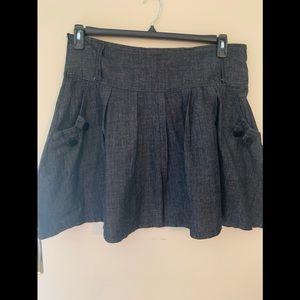 Pyramid Collection skirt